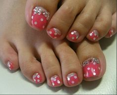 Don't know why but these remind me of Minnie Mouse....:)
