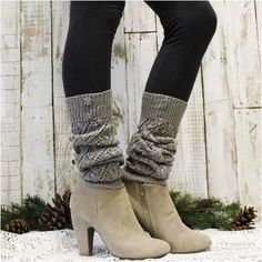 Leg Warmers For Women, Boots With Leg Warmers, Slouch Socks, Boot Socks, Boot Cuffs, Hunter Boots Outfit, Crochet Leg Warmers, Short Ankle Boots, Lace Socks