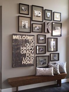 16 Stunning Room Decoration Ideas to Bring a Touch of Country at Home www. 16 Stunning Room Decoration Ideas to Bring a Touch of Country at Home www.futuri… 16 Stunning Room Decoration Ideas to Bring a Touch of Country at Home www. Decoration Hall, Entryway Decor, Rustic Entryway, Wall Decorations, Rustic Decor, Entryway Stairs, Bedroom Decor, Photo Decoration On Wall, Photo Wall Design