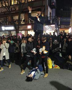 https://twitter.com/MaxxamItaly/status/830752269679390720   #maxxam #dancers #dance #cover #photo #twitter #Instagram #ballerini #busking #exo #overdose #kpop #DanceCrew #Hongdae #seoul #korea #StreetPerformance #맥스 #홍대 #퍼포먼스팀 #커버댄스 #엑소