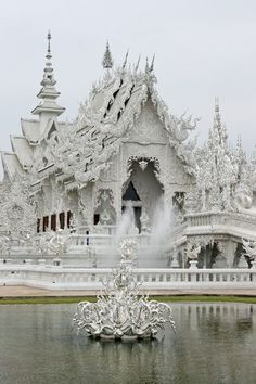 This place is just ridiculous! Wat Rong Khun - Chiang Rai, Thailand