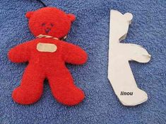 PATRON D'UN OURS POUR BEBE (couture) - Le blog de linou88 Teddy Bear, Sewing, Blog, Pattern, Kids, Log Projects, Baby Things, Sewing Stuffed Animals, Fabric Animals