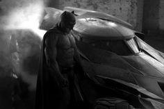 Zack Synder Reveals New BATMOBILE ... AND BATMAN!