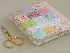 everything but the kitchen sink - Pretty by Hand ... Lovely needle book