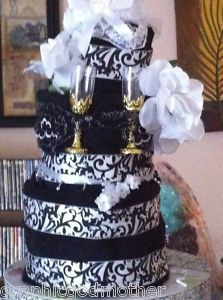 Elegant black lace towel cake