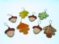Felt oak leaves & acorns ornaments