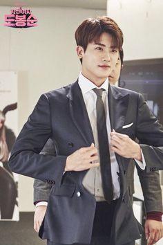 srly, i so love Him ❤️   #ParkHyungsik