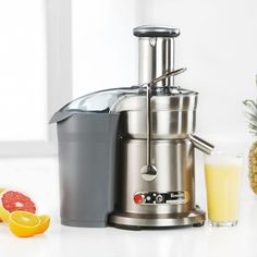 cyber monday breville bje200xl compact juice fountain 700watt juice extractor deals cyber monday juicer machine deals pinterest juice maker
