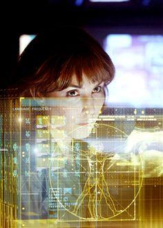 Categoria: 2 / Tags: interface, movie, futuristic / Descrição: Imagem mostra interface presente no filme Prometheus.