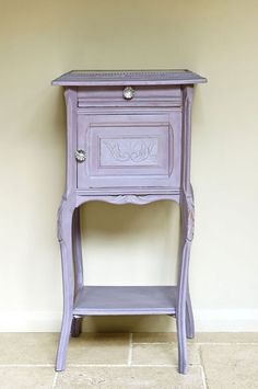 Annie Sloan Chalk Paint Emile | Royal Design Studio