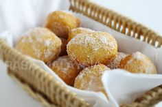Sugared Pillsbury Biscuits (Cheater Donuts) I made this and it was delish!