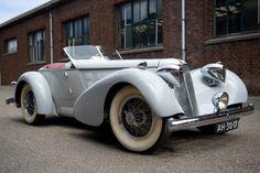 Just A Car Guy: 1926 Duesenberg Speedster Model A Retro Cars, Vintage Cars, Vintage Auto, Classic Motors, Classic Cars, Duesenberg Car, Peugeot, Jaguar, Lamborghini