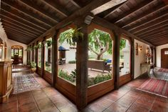 Spanish style homes – Mediterranean Home Decor Hacienda Style Homes, Spanish Style Homes, Spanish House, Spanish Colonial, Spanish Revival, Mission Style Homes, Spanish Home Decor, Spanish Interior, Style At Home