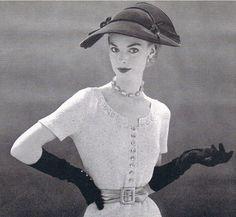 #50's fashion Repinned by www.lecastingparisien.com