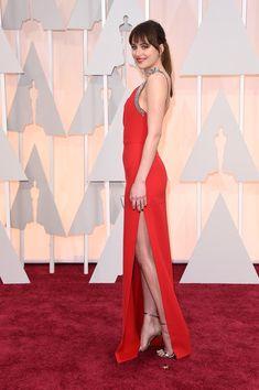 Dakota Johnson Photos Photos - Actress Dakota Johnson attends the 87th Annual Academy Awards at Hollywood & Highland Center on February 22, 2015 in Hollywood, California. - Arrivals at the 87th Annual Academy Awards — Part 3