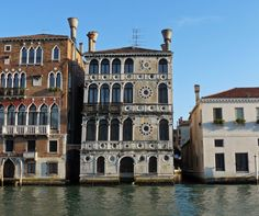 With its floral Venetian Gothic style and Renaissance features, Palazzo Dario in Venice, is one of the most beautiful and original palaces along the Grand Canal. It is Located in the sestiere Dorsoduro on the Campiello Barbaro.