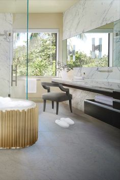 One of your dreams is to have the perfect marble bathroom? So don't waste any more time and take inspiration from maisonvalentina.net!