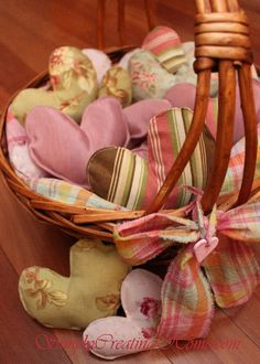 Basketful of Hearts with Printable Pattern...these are just lovely, must make many!