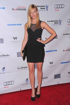 """Beth Behrs Photos - Actress Beth Behrs arrives to the Geffen Playhouse's Annual """"Backstage at the Geffen"""" Gala on May 2011 in Los Angeles, California. - Geffen Playhouse's Annual """"Backstage At The Geffen"""" Gala - Arrivals Beth Behrs, Perfect Legs, Nice Legs, Girl Celebrities, Celebs, Two Broke Girl, Gillian Anderson, Celebrity Beauty, Blonde Beauty"""