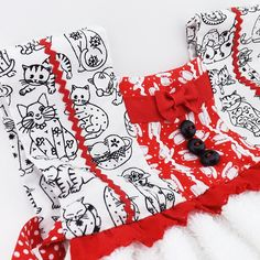 Crazy Cat Lady Kitchen Hand Towel, Oven Door Towel Dress, Housewarming Gift, Gift for Cat Lover, Retro Kitchen Decor, Hand Stitched Towel by BeadDweeb on Etsy