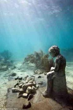 "Ocean Sea: Herencia (""Inheritance""), hauntingly beautiful undersea ruins at a depth of Punta Nizuc, Cancun, Mexico. Underwater Ruins, Underwater Sculpture, Underwater Photos, Ancient Ruins, Ancient Egypt, Sunken City, Abandoned Places, Under The Sea, Beautiful World"