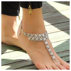 Antique Silver Anklet Barefoot Toe Ankle Bracelet Antique Silver Chain Anklet Barefoot Sandal Toe Ankle Bracelet.                                        100% Brand New And High Quality Material:Alloy  Size:Perimeter 32CM Color:Ancient Silver Package includes:1 Jewelry Bracelets