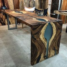 Diy Resin Table, Epoxy Wood Table, Wooden Tables, Dining Tables, Live Edge Furniture, Resin Furniture, Woodworking Furniture, Woodworking Store, Wood Table Design