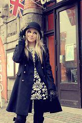 Joicy  Muniz - Aldo Hat, H&M Coat, Miss Lolla Skirt, Miss Lolla Top, Scoop Boots - Hello, cold days!