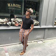 casual mens fashion which is gorgeous. Men Looks, Moda Retro, Moda Blog, Mens Trends, Mens Fashion, Fashion Outfits, Black Mens Vintage Fashion, Outfit Jeans, Ideias Fashion