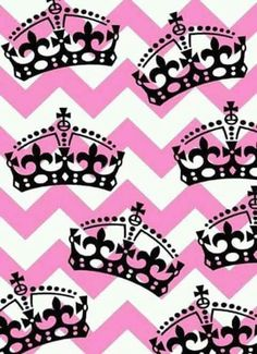 Papel de parede Queens Wallpaper, Pink Wallpaper, Wallpaper Backgrounds, Iphone Wallpaper, Wallpapers, Girl Background, Name Art, Invite Your Friends, Tiaras And Crowns