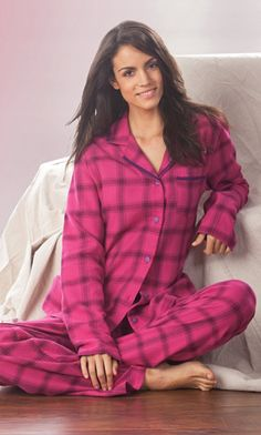 Look, it's a pajama set for tall women!!!
