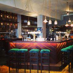 The latest hotspot on the Amsterdam Eastside: Walter's, the Walter Woodbury Bar! Gotta love the interior! #amsterdam #eastside #travel #metmik inoost.metmik.nl