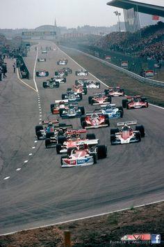 Start of the 1976 Dutch Grand Prix at Zandvoort