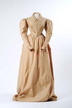 1826-1828, Reitkleid aus Baumwolle oder Baumwolle-Leinen-Gemisch, Futter aus Leinen, vermutlich England