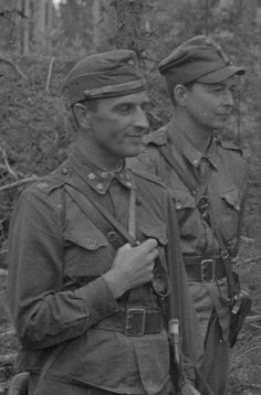 Eversti Adolf Ehrnrooth Vuosalmella 24.7.1944 History Of Finland, Night Shadow, Fight For Us, World War I, Knights, Troops, Wwii, Freedom, Aircraft