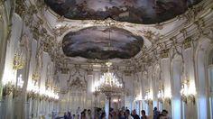 John Barnhard Fischer Von Erlach, uno dei saloni del Castello di Schonbrunn, dal 1696, Vienna