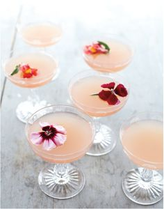 Cocktail Recipes Using St. Germaine   Seriously looks amazing!    Edible flowers seal the deal in this Lillet Rose Spring Cocktail (via)
