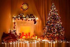 Choinka i lampki oraz ozdobiony kominek http://kobietyn.eu