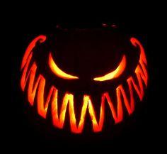 Cool Pumpkin Designs: More Epic Pumpkin Carving Ideas. Cool Pumpkin Designs: More Epic Pumpkin Carving Ideas. Spooky Halloween, Holidays Halloween, Halloween Crafts, Happy Halloween, Halloween Halloween, Vintage Halloween, Halloween Clothes, Spirit Halloween, Samhain