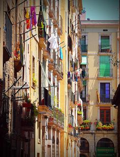 Barcelona Streets ∞