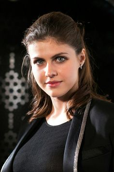 Alexandra Daddario (actress, Parenthood, Percy Jackson, True Detective, American Horror Story, San Andreas, Baywatch)