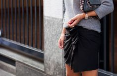 Give me this skirt immediately.