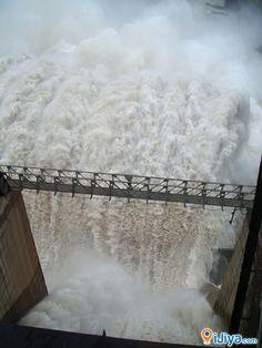 Srisailam Dam On Krishna River, Andhra Pradesh, India    @ http://ijiya.com/8235886