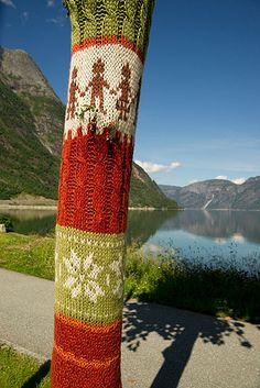 Graknitti in Eidfjord Norway (by Ria Kock)