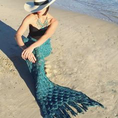 Most Popular Knit Color! TEAL Climb inside this fabulous mermaid blanket tail (just like a sleeping bag!) and chill in style. Lounging and basking has never b Knitted Mermaid Tail Blanket, Mermaid Blanket, Mermaid Cupcakes, Mermaid Tails, Silver Sequin, Absolutely Stunning, How To Fall Asleep, Sequins, Mermaids