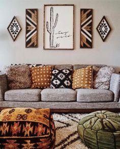 いいね!5,647件、コメント91件 ― Ashley    My Bohemian Houseさん(@mybohemianhouse)のInstagramアカウント: 「Such a cozy space ✨ and LOVE how are Mudcloth pillows and pouf fit in so perfectly!! ✌ Kacy over…」