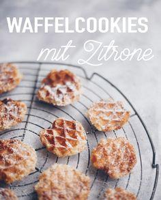 Simple Waffelcookies mit Zitrone backen - einfache Rezeptidee - Kekse einfach im Waffeleisen backen. Schneller Basisteig für leckere Plätzchen #cookies #kekse #plätzchen Yummy Recipes, Cookie Bars, Cupcakes, Cereal, Cookies, Super, Macarons, Breakfast, Desserts