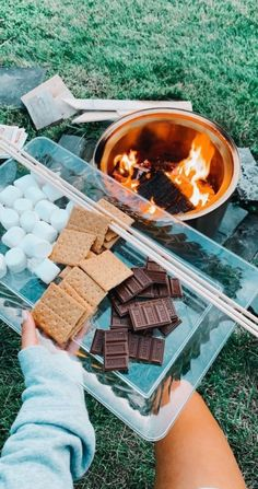 See more of justgurlthingz's VSCO. Summer Aesthetic, Aesthetic Food, Camping Aesthetic, Fun Sleepover Ideas, Sleepover Room, Sleepover Snacks, Cute Date Ideas, Perfect Movie, Summer Goals