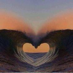 wave of love ,heart Ocean Heart, Heart In Nature, Heart Art, Beach Heart, Nature Nature, Cool Pictures, Beautiful Pictures, Heart Images, Images Of Hearts