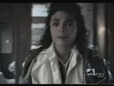 "from the story ""Michael Jackson"" by MitaahhJackson (KING OF POP) with 128 reads. Michael Jackson Videos, Michael Jackson Bad, Michael Jackson Wallpaper, Lisa Marie Presley, Paris Jackson, Elvis Presley, Invincible Michael Jackson, Memes Historia, Jackson Family"